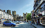 Wells high street - Photo CC Matthew Hartley