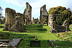 Glastonbury Abbey - Photo CC Steve Slater